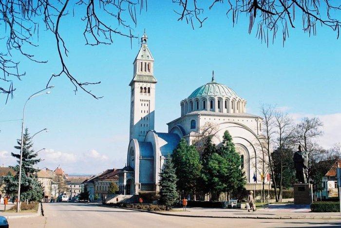 Moaştele Sfintei Mare Muceniţe Ecaterina, de hramul Catedralei din Orăştie