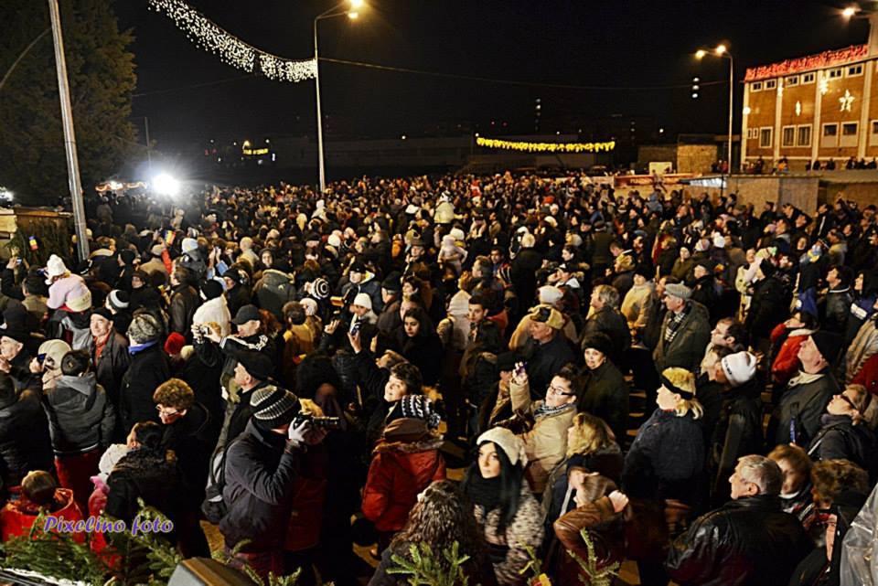 Colinde în Orășelul lui Moș Crăciun din Hunedoara