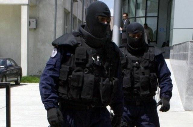 Percheziții în Hunedoara și Geoagiu, la suspecți de furturi din locuințe