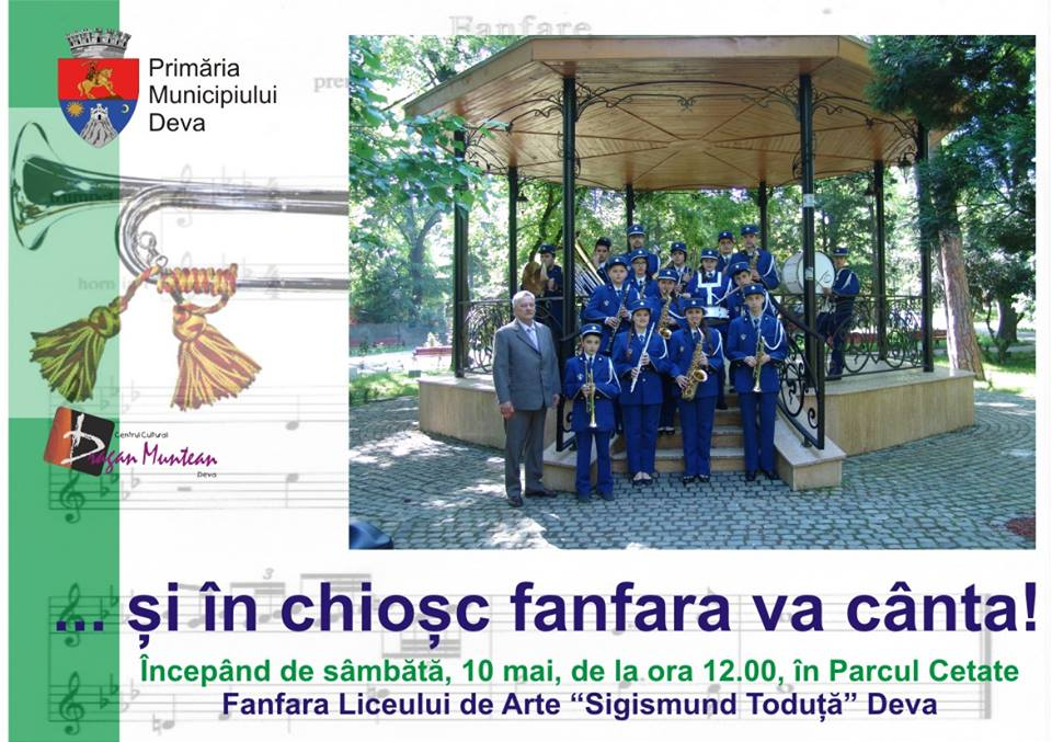 """Fanfara Liceului de Arte """"Sigismund Toduţă"""" și trupa Old Band concertează în Deva, în fiecare weekend"""
