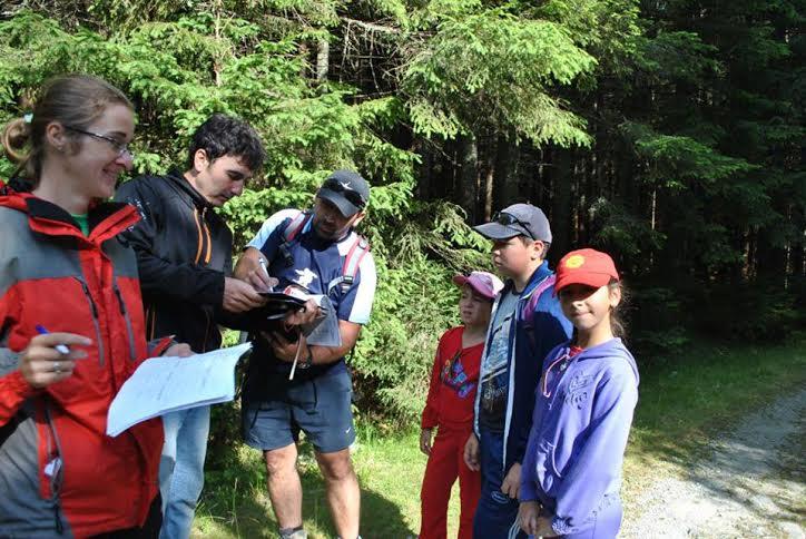 Pătrunde în lumea basmului participând la Festivalul Drumeții Montane