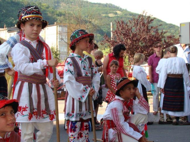 """Festivalul """"Căluşarul tradiţional"""" din zona Orăştiei (duminică, 21 decembrie)"""