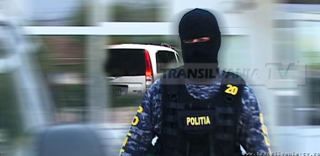 Percheziții efectuate în Hunedoara, la persoane bănuite de furt din societăți comerciale