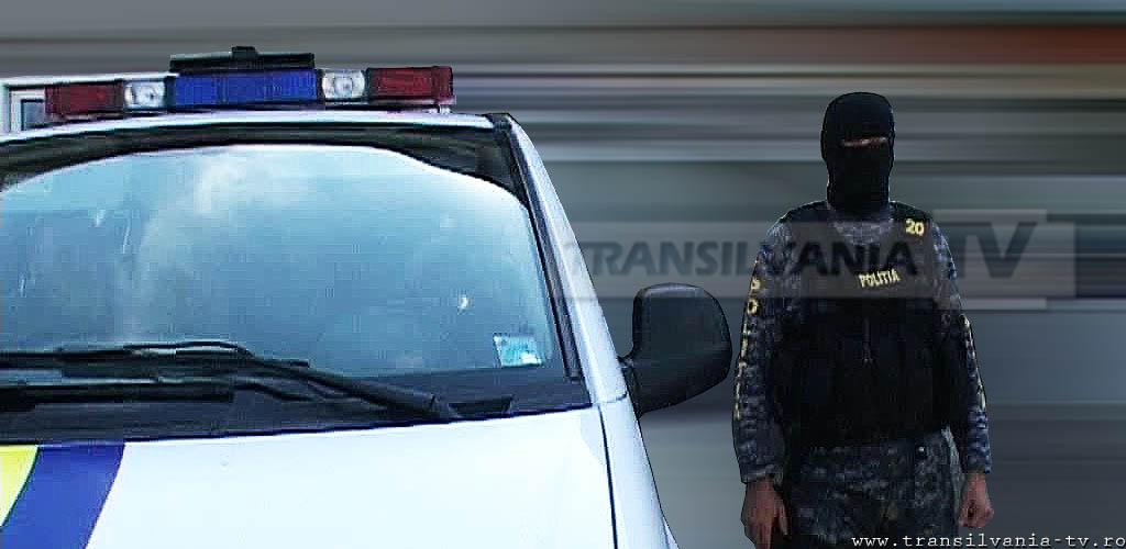 Poliţiştii din Hunedoara au reţinut doi bărbaţi care au înşelat o persoană cu 14.000 de lei, prin metoda accidentul