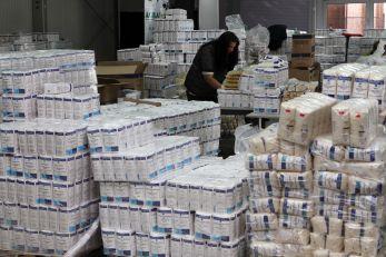 Deva: Pachetele alimentare destinate persoanelor vulnerabile vor fi redistribuite până la lichidarea stocului