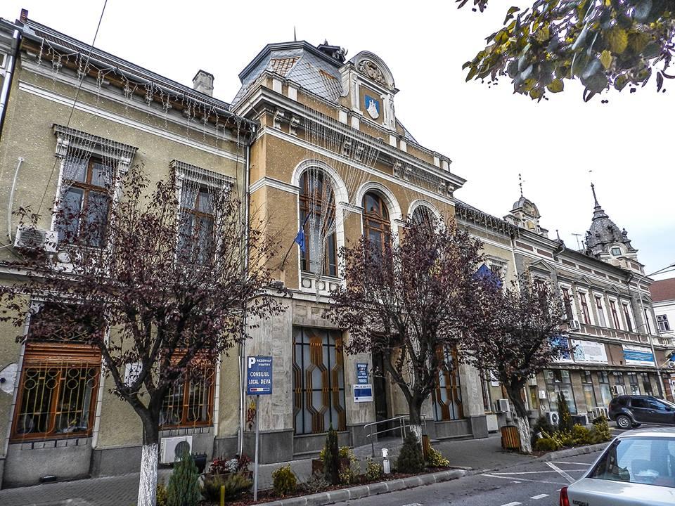 Primăria Deva actualizează dosarele solicitanților de locuințe ANL