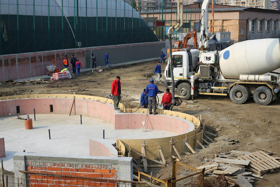 Stadiul lucrărilor la Ștrandul din municipiul Hunedoara, în luna martie