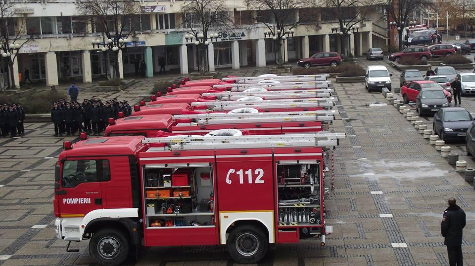 ISU Hunedoara a primit o autospecială pentru transport personal și victime multiple