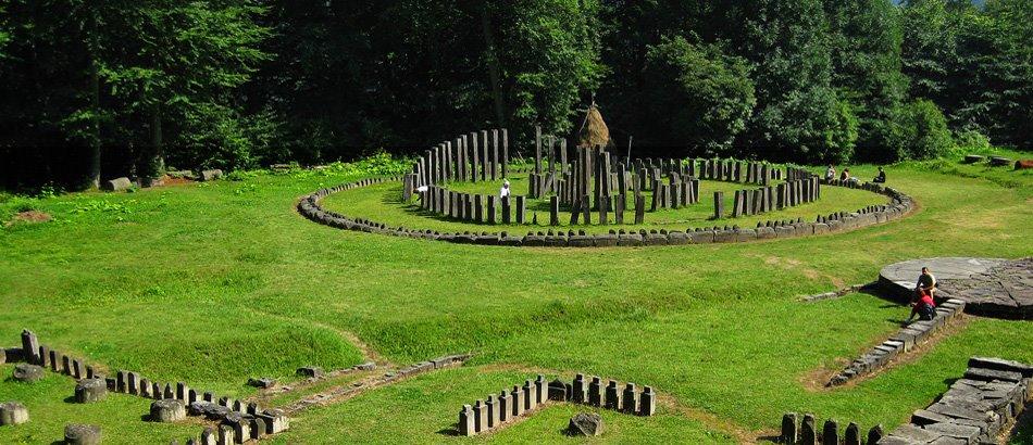 Drumul județean către monumentul istoric Sarmizegetusa Regia va fi închis circulației de luni 24 august