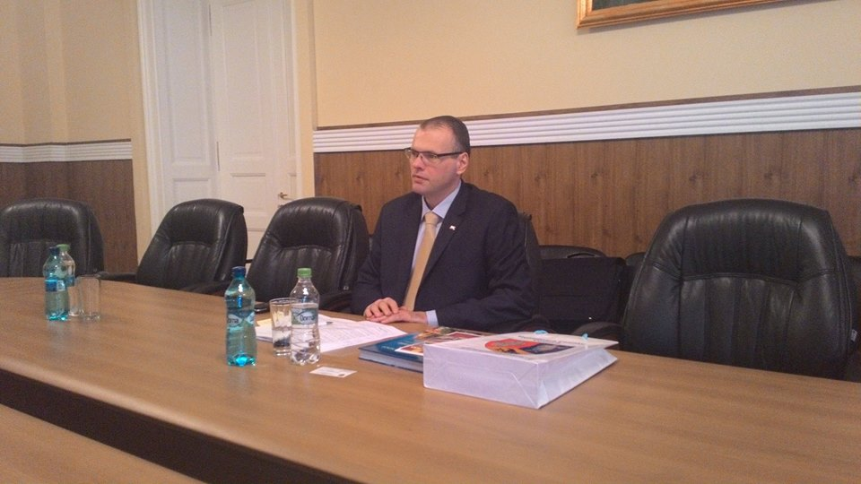 Ambasadorul Sloveniei, în vizită la CJ Hunedoara