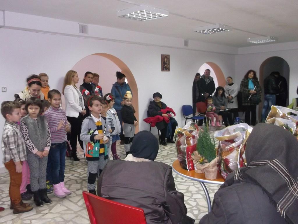"""Programul """"Din inimă pentru bunici"""" la Centrul social al Episcopiei Devei și Hunedoarei"""