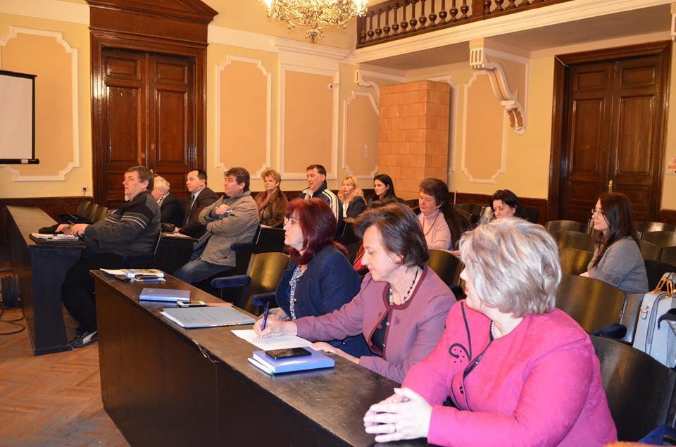 Întâlnire cu reprezentanţii unităţilor de învăţământ din Deva