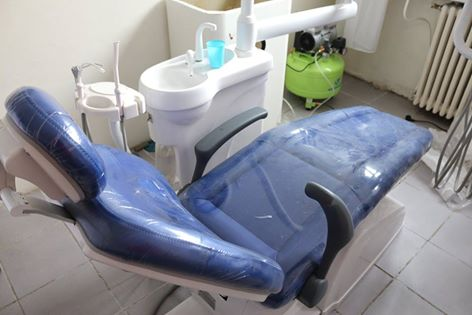 Hunedoara: Trei din cele patru cabinete stomatologice școlare din municipiu au fost dotate cu aparatura medicală nouă