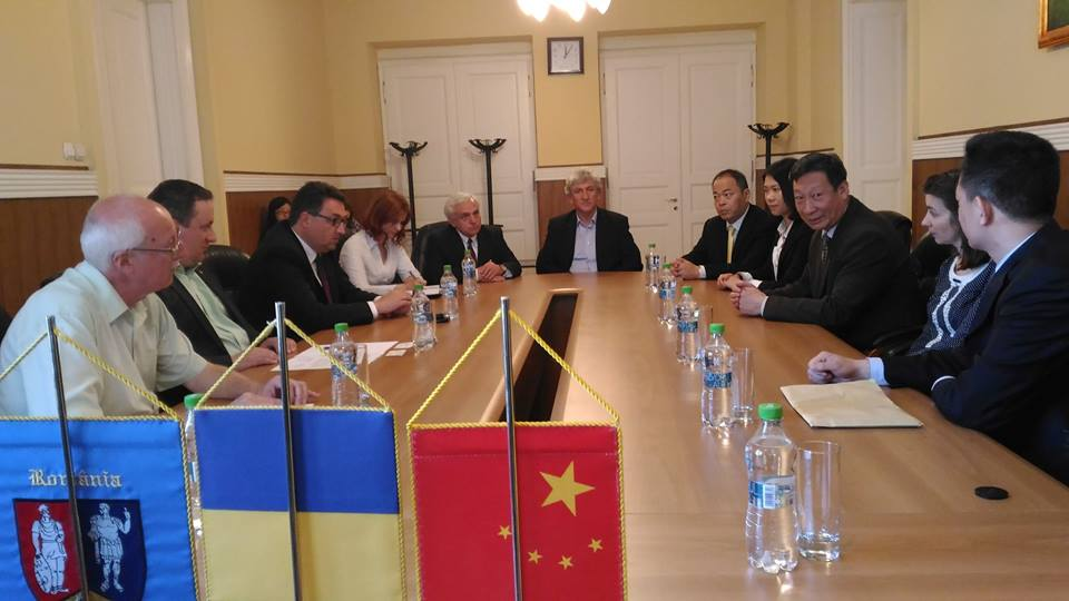 Delegaţie chineză, în vizită la Consiliul Judeţean Hunedoara