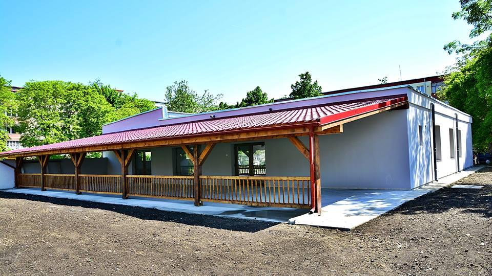 """Hunedoara: """"Casa Pensionarului"""" a fost inaugurată"""