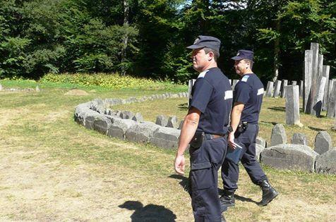 5 persoane sancționate pentri încălcarea regulamentului de vizitare al sitului arheologic Sarmizegetusa Regia