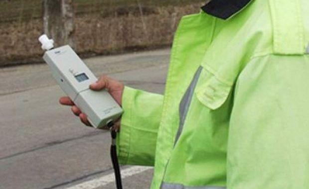 Petrila: Depistat la volan sub influența băuturilor alcoolice