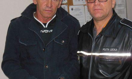 Portofel pierdut, restituit păbugaşului de poliţiştii locali din Deva