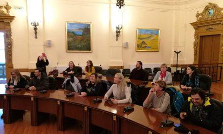 Profesori din mai multe țări, în vizită la Consiliul Județean Hunedoara