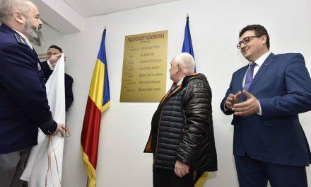 Ziua paşaportului românesc, sărbătorită azi la Prefectura Hunedoara