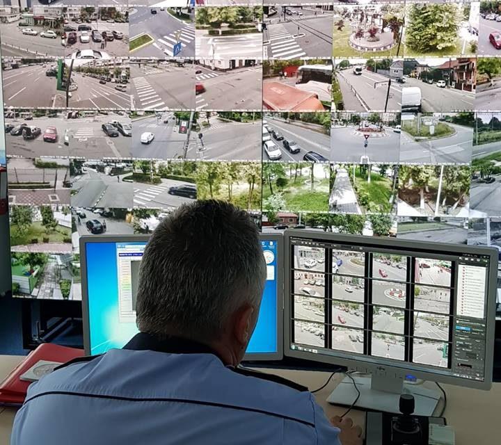 Spărgători prinși în flagrant de Poliția Locală din Deva, cu ajutorul camerelor video de supraveghere
