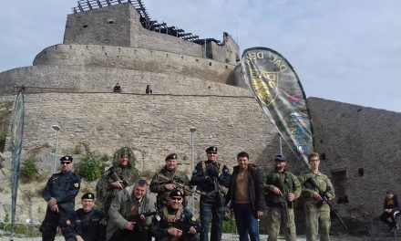 Cetatea Devei, luată cu asalt de turiști