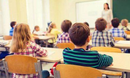 Banii pentru bursele elevilor din Deva vor ajunge în contul școlilor luni, 15 aprilie