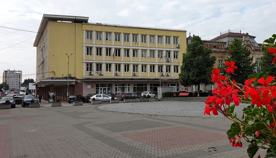 AJOFM Hunedoara organizează Bursa locurilor de muncă (joi, 16 mai)