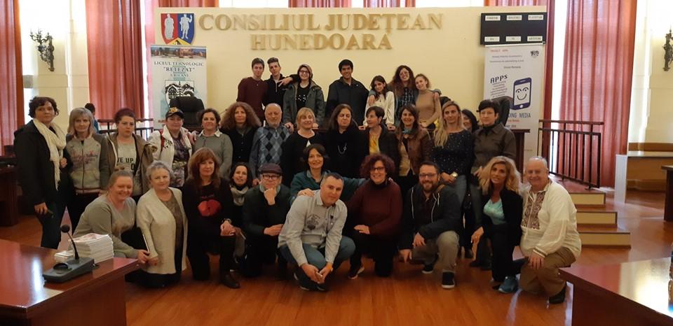Elevi și profesori din mai multe țări europene, în vizită la Consiliul Județean Hunedoara