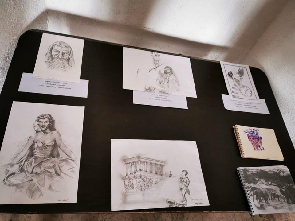 Expoziţie de artă în Cetatea Deva