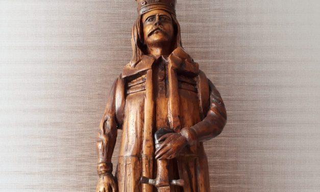 Expoziţie de sculptură în lemn, în Cetatea Deva