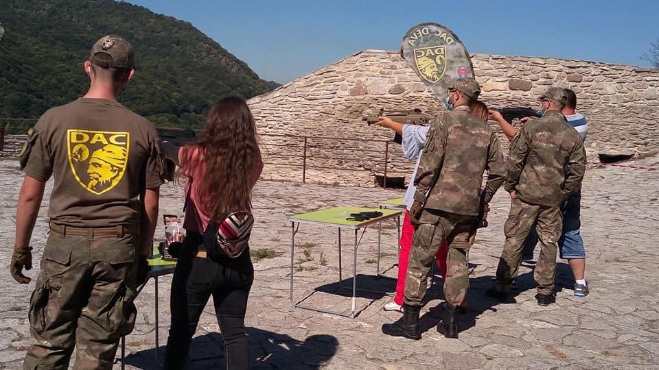Cetatea Deva va fi la sfârșitul acestei săptămâni gazda unei demonstrații de airsoft